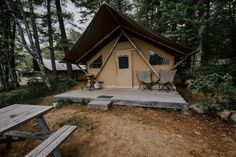 A hand-curated list of the most peaceful places to go glamping in California. Romantic glamping experiences for couples and unforgettable stays for families. Andrea Davis, Boutique Camping, Go Glamping, Castle House, Luxury Camping, Peaceful Places, Walk In Shower, Big Sur, Northern California