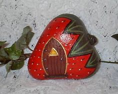 River Rock Strawberry Houses by Sweet2Spicy, via Flickr