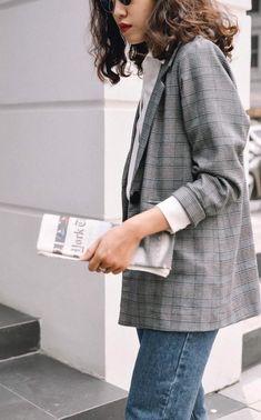 Blazer kẻ caro: Dự là sẽ hot hơn cả cardigan, denim jacket vì fashionista nào cũng đang sở hữu 1 cái - Ảnh 18.