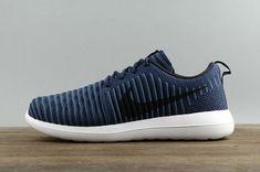 04c0a953915d Chaussures de sport Men Nike Roshe Two Flyknit Navy Blue Black Noir White  blanc Youth Big Boys Shoes