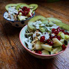 Kiwis anti-costipados! Un bol para ti y el otro para nosotras  gracias por la inspo @hannah_morrish #repost #desayuno #saludable #yummy