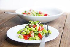 {Recipe} Edamame, Tomato and Basil Salad