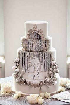 Xmas Inspired Wedding Cakes... ~ Hot Chocolates Blog #wedding #weddings #bride #bigday #Xmasweddingcakes #weddingcake   www.hotchocolates.co.uk www.blog.hotchocolates.co.uk www.evententertainmenthire.co.uk