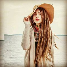 Dread gurl got stylz! shop at www.dreadsuk.com/shop.htm #dreads #dreadlocks…