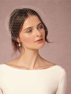 this is the veil style I am looking for.Elodie Veil from Wedding Hats, Headpiece Wedding, New Wedding Dresses, Wedding Veils, Bridal Headpieces, Hair Wedding, Bridal Fascinator, Wedding Garters, Gatsby Wedding