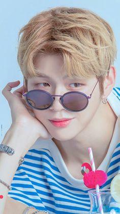 Daniel K Pop, Kang Daniel Produce 101, Kpop Girl Bands, Daniel K, Prince Daniel, Aesthetic Beauty, Kim Jaehwan, Celebs, Celebrities