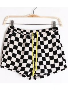 Black and White Plaid Elastic Mid Waist Shorts with Pocket