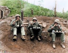 #TheForgottenWarInColor ..... Marines during the Korean War celebrate Thanksgiving. For many of the frontline troops, turkeys and all the traditional fixings were flown in by helicopters. (Official Marine Corps Photo)