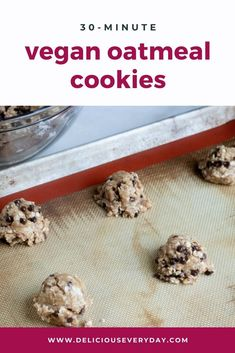 These vegan oatmeal cookies are bursting with chocolate chips oats and sweetened with brown sugar. They're quick and easy to make in less than 30 minutes plus they're vegan and gluten-free. Healthy Vegan Desserts, Vegan Dessert Recipes, Dinner Recipes, Healthy Food, Chocolate Sweets, Chocolate Recipes, Chocolate Chips, Vegan Oatmeal Cookies, Vegan Fast Food