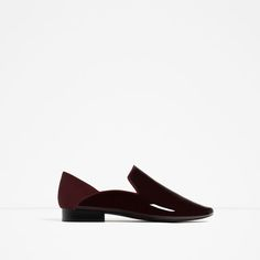 Image 1 of FLAT ASYMMETRIC DESIGN SHOES from Zara