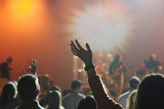 Das Chango ist eine der bekanntesten Latino Diskotheken weltweit. Kenner wissen es bereits: das Chango ist das Konzentrat des lateinamerikanischen Lebensgefühls. Hier trifft sich die Szene auf zwei Floors bis in den frühen Morgen. Zu treibenden Rhythmen, knisternder Atmosphäre, tollen Tänzern und kühlen Cocktails vergisst der Besucher, dass er sich mitten in der Mainmetropole, und nicht elf Flugstunden entfernt irgendwo unter Palmen befindet.