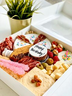 Want to make someone feel special for their birthday, why not order a customized Birthday Gourmet Graze box? Charcuterie Gift Box, Plateau Charcuterie, Charcuterie Recipes, Charcuterie And Cheese Board, Charcuterie Platter, Cheese Boards, Party Food Platters, Cheese Platters, Brunch
