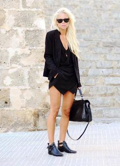 All Black Everything Outfit  A summer look that is inspiring for us black obsessed.