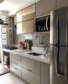 70 Clever Tiny House Interior Design Ideas – decorationroom - New ideas Kitchen Room Design, Home Decor Kitchen, Kitchen Furniture, Kitchen Interior, Interior Design Living Room, Cuisines Design, Small Living Rooms, Kitchen Remodel, Sweet Home