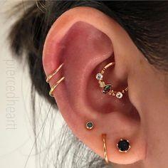 Gold Ear Jackets + Sparkly Spikes- gold ear jacket / ear jacket spike / ear jacket gold / ear jacket earring / gold ear cuff / gifts for her - Fine Jewelry Ideas - Accessoires - Ear Piercings Innenohr Piercing, Body Jewelry Piercing, Smiley Piercing, Ear Jewelry, Fine Jewelry, Piercing Aftercare, Body Jewellery, Cartilage Piercings, Body Piercings