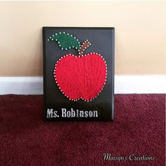 Apple String Art by MaisynsCreations on Etsy https://www.etsy.com/listing/220118970/apple-string-art