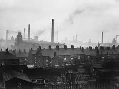 Cottonopolis is set to be reborn – with Greater Manchester at the heart of plans to revive Britain's textile industry. World History Teaching, World History Lessons, Manchester Day, History Manchester, Manchester England, Industrial Architecture, Salford, Industrial Photography, Art History