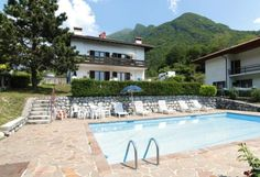Urlaub am Tennosee oberhalb von Riva, mit schönem Blick auf den nördlichen Gardasee. #Südtirol #Italien #Urlaub #holidays #travel #Berge #Sommer #summer #imUrlaubwiezuhausefühlen