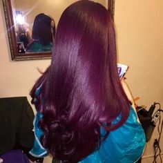 Colorful Hair Looks to Inspire Your Next Dye Job Love Hair, Gorgeous Hair, Weave Hairstyles, Pretty Hairstyles, Straight Hairstyles, Curly Hair Styles, Natural Hair Styles, Hair Laid, Purple Hair