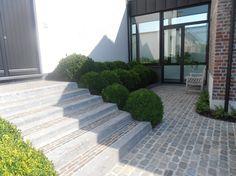 Andre Schrauwen, Belgien Source by The post Andre Schrauwen, Belgien appeared first on Landscape Stairs, Landscape Architecture, Garden Pool, Garden Paths, Outdoor Pavers, Patio, Back Gardens, Outdoor Gardens, Landscape Elements