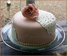 Rowell's Specialty Cakes Wedding Cakes Lace Cakes Pink cakes
