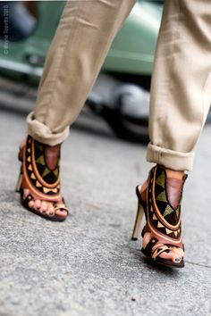 tribal-shoes