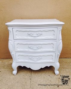 Small Dresser,Small Chest of Drawers,Painted Dresser,French Provincial,Shabby Chic Nightstand,Nightstand,Bedside Table,Night Stand,End Table