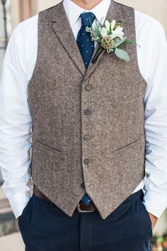 Groom fashion, brown tweed vest, navy blue polka-dotted tie, laid-back yet dapper, scabiosa pod boutonniere // Apt. B Photography