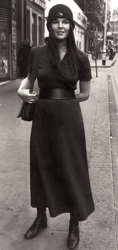 Ali MacGraw   Her style evolution photos. An iconic beauty of the 70s. #youresopretty