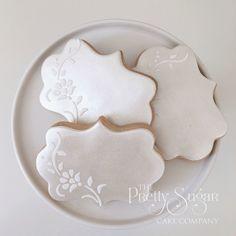 Lustre lace cookies wedding favours