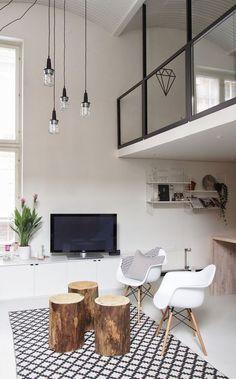 Daw van Eames in combinatie met mooi grafisch tapijt.