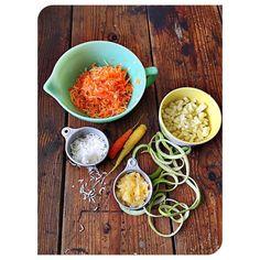 Baking day - carrot cake from scratch with #LocalFarmers ingredients from #barkingcatfarm #dallasfarmer #dallasdweller #lifestylist