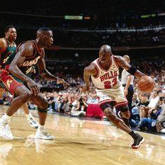 A look back at the Air Jordan worn by Michael Jordan in Game 6 of NBA Finals past. United Center, Seattle, Chicago Bulls, Michael Jordan Last Shot, Illinois, Reebok, Hockey, Challenge, Basketball Legends