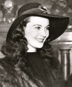 Vivien Leigh with that Cheshire Cat smile