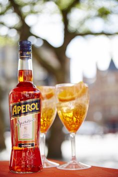 Aperol Spritz hits Albert Square in Manchester for its first 2015 social.  #easy #summer #cocktail #beverage #drink #aperol #aperolspritz #prosecco #orange