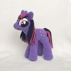 Почти каждая девочка, которая смотрела мультик про волшебных лошадок, мечтает иметь свою маленькую #пони. Эта сказочная Сумеречная Искорка (Twilight Sparkle) представляет удивительный элемент - магию. ~~~~~~~~~~~~~~~~~~~~~~~~~~~~~~~~~~~~ #литлпони связана на заказ ~~~~~~~~~~~~~~~~~~~~~~~~~~~~~~~~~~~~ #амигуруми #ручнаяработа #свяжуназаказ #свяжудлявас #хэндмейд #вязанаяигрушка #крючком #игрушка #amigurumi #крючкомназаказ #назаказ #купить #handmade #назаказ #foryou #madewithlove…