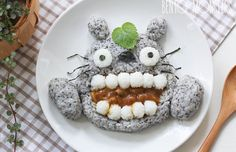 Mother Of Two Makes Cute Japanese-Inspired Lunches For Her Kids