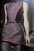 Aquilano Rimondi - Milano - Details per Designer - Womenswear - Autumn Winter 2012 - 2013 - Desfiles (19 Fotos) - FashionMag.com España
