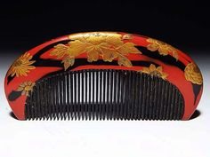 antique hair ornaments: tortoiseshell lacquer peony flower chrysanthemum (KIKU) comb