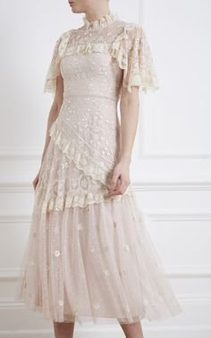 Dress Outfits, Fashion Dresses, Prom Dresses, Formal Dresses, Wedding Dresses, Tulle Ball Gown, Ball Gowns, Pretty Outfits, Pretty Dresses