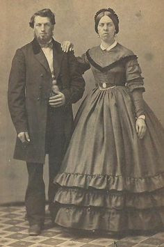 CDV PHOTO WELL TO DO HUSBAND & WIFE IN LAVISH TIER HOOP DRESS CIVIL WAR ERA NY