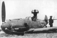 Bf.109 E4 (Gelb10+) - Oberfeldwebel Fritz Beeck, 6./ JG.51 - Crashed landed, East Langton, Kent - 24/8/40
