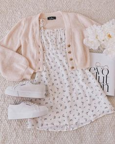 Teen Fashion Outfits, Retro Outfits, Girly Outfits, Cute Casual Outfits, Outfits For Teens, Stylish Outfits, Teenager Outfits, Hipster Outfits, Fashion Tips