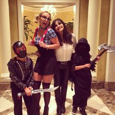 Britney with her boys and mom on Halloween 2014