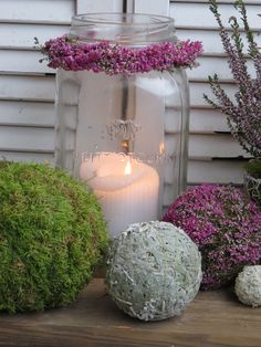 Sep Zeug Source by cordulaheinz Deco Floral, Floral Design, Diy Craft Projects, Diy And Crafts, Seasonal Decor, Fall Decor, Candle Lanterns, Candles, Flower Decorations