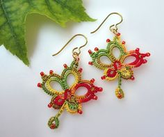 Tatted Lace Earrings Maple Leaf