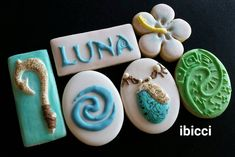 Moana cookies - Love all of these! Moana Themed Party, Moana Birthday Party, Moana Party, Moana Cookies, Disney Cookies, Cookie Frosting, Cupcake Cookies, Princess Cookies, Iced Sugar Cookies