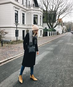 @euphoria_the, ootd, outfit inspo, inspiration, ideas, outfit ideen, acne studios, acne studios jensen boots, acne studios canada scarf, mansur gavriel bucket bag, wool coat, wollmantel, winter outfit, lookbook