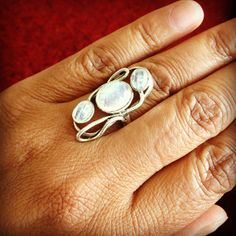 Beautiful ring Moonstone...I'd love to have it.