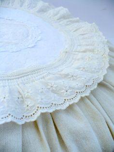 pillow, round,lace,shabby
